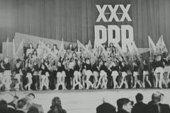 1974 22 I marsz z sztandarami