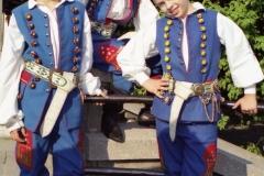 2003 IVb 253
